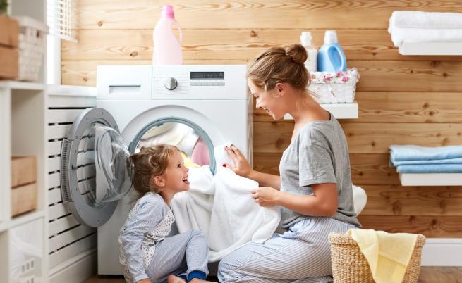 Трикове за по-свежо и блестящо пране (СНИМКИ)