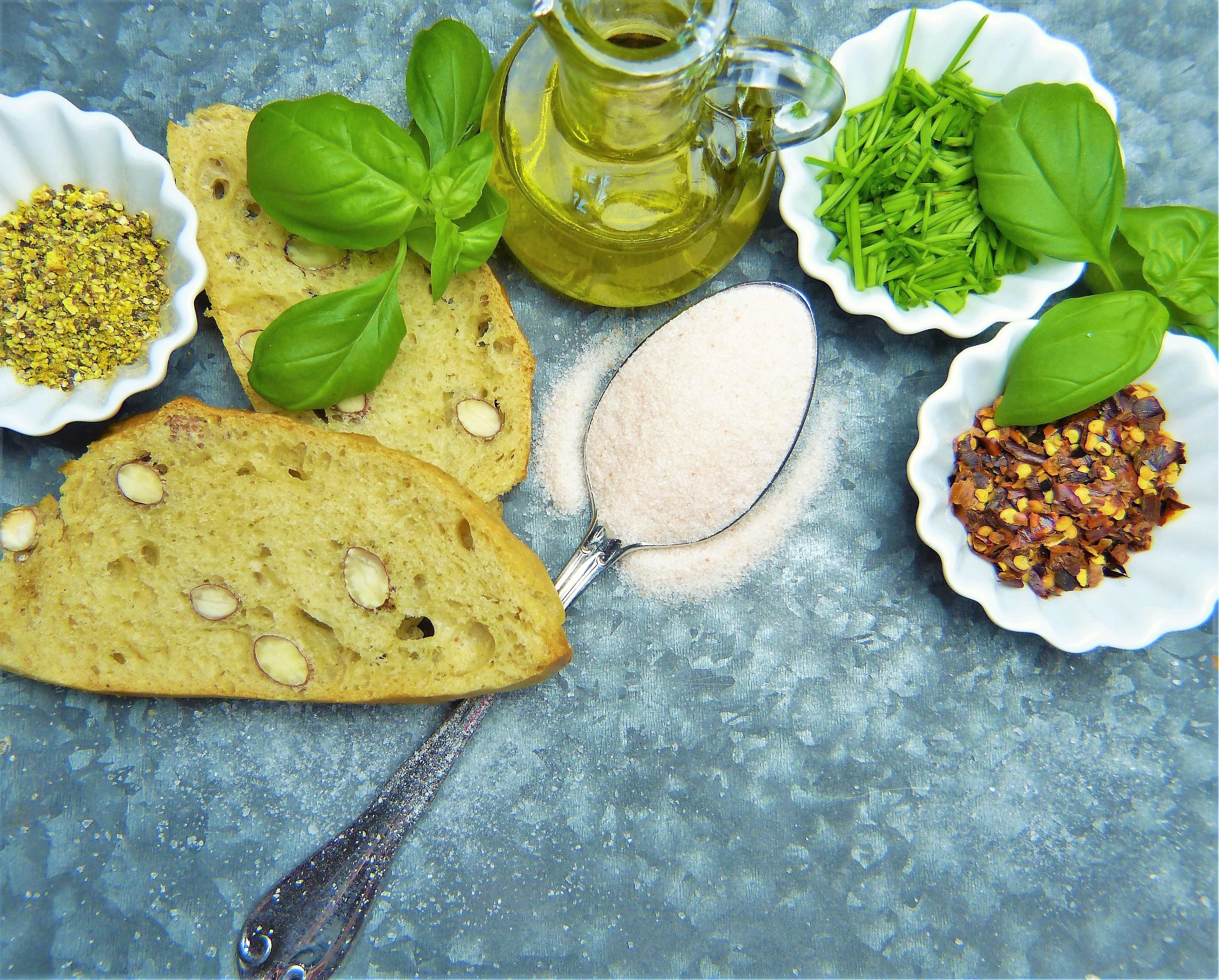 Солта<br /> На по-мазните храни се слага малко повече сол, за да се разкрие по-добре вкуса.