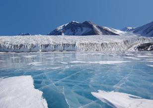 Какво се крие под Антарктида