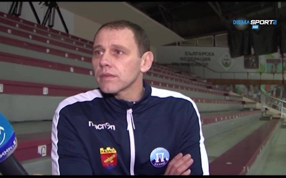 Мирослав Живков остава начело на Добрдужа