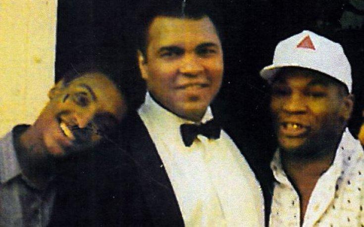 Али-младши с татко си и Майк Тайсън