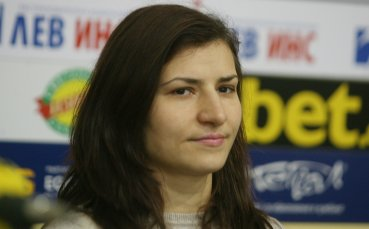 Шампионката Стойка Петрова няма да сменя категорията