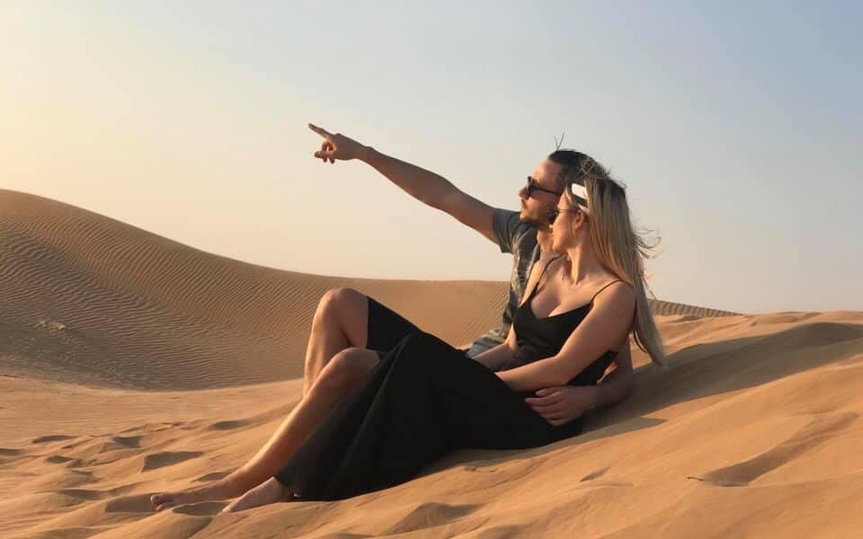 Футболист на Славия предложи брак във въздуха над пустинята