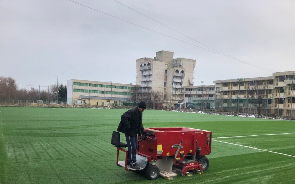 Нов футболен терен в Кранево за Коледа