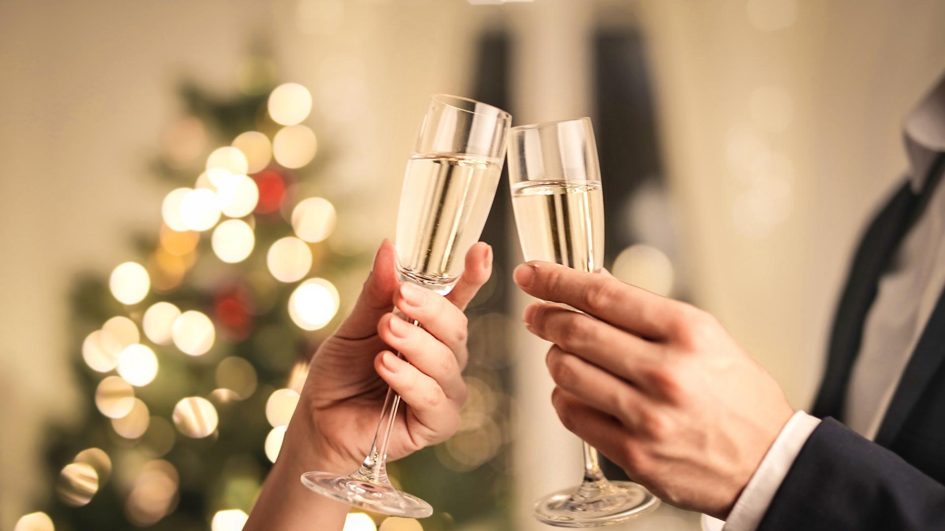 Как се пие шампанско: Няколко тайни на ценители