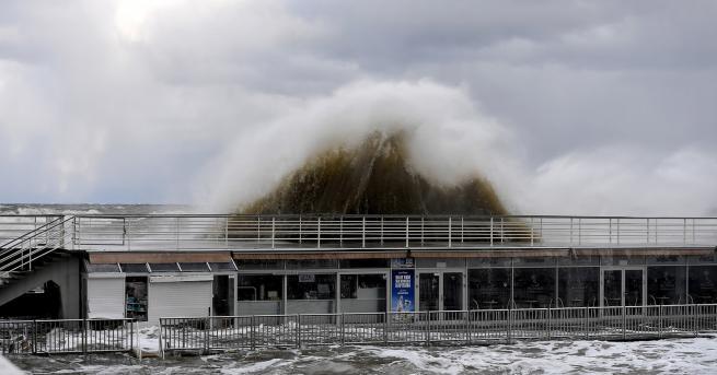 Свят Доклад на ООН: Очакват ни покачващи се морета, свръхбури