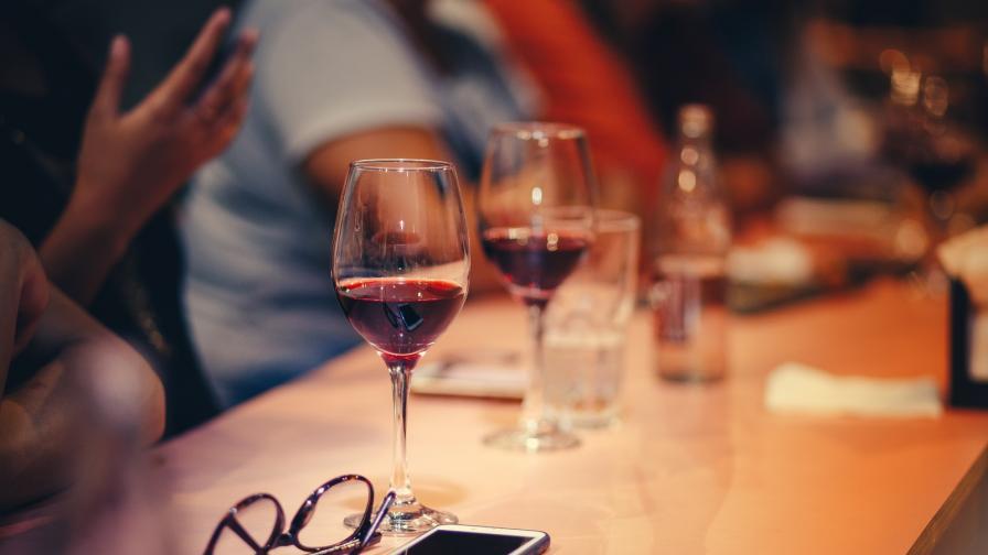 <p><strong>3 места,</strong> където трябва да пиете<strong> вино</strong> <strong>в София</strong></p>