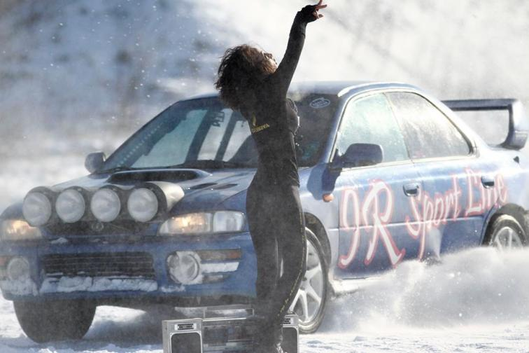 Ива Русинова Авто банда дрифт