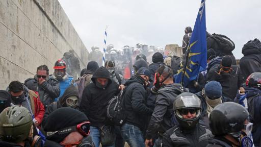 https://m4.netinfo.bg/media/images/35961/35961456/512-288-protest-atina.jpg