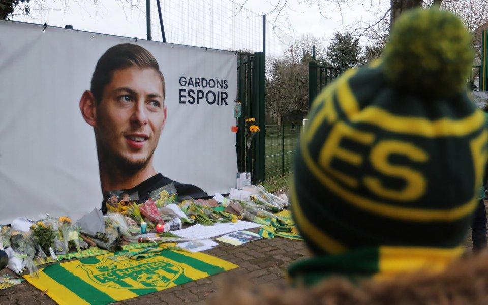 В сърцераздирателно писмо сестрата на трагично загиналия футболист Емилиано Сала