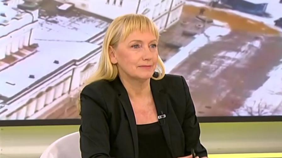 <p>Йончева: Обвинението за пране на пари е абсурдно</p>