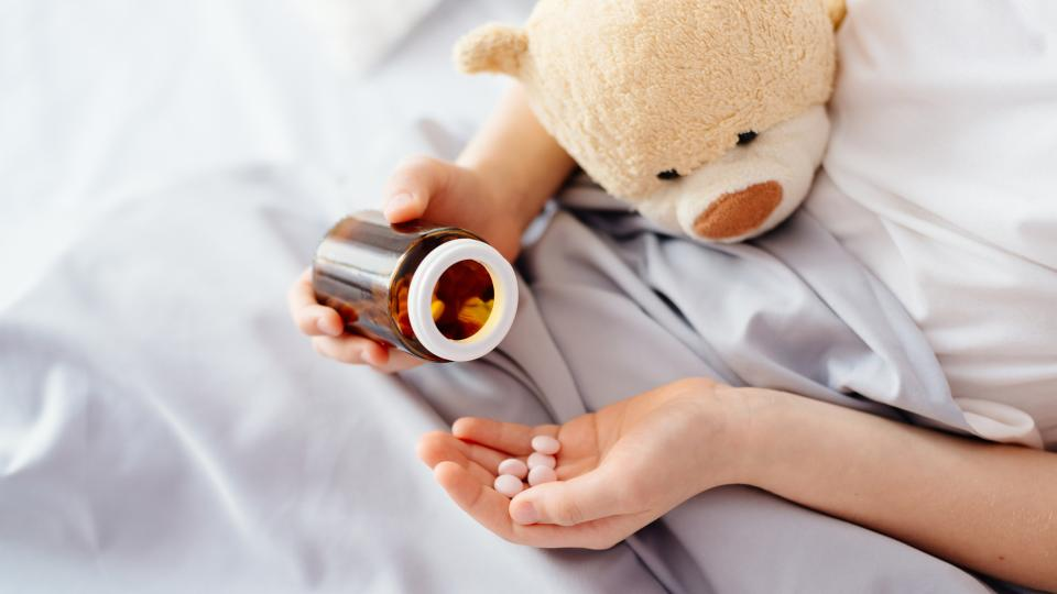 Как да накараме детето лесно да приема лекарства