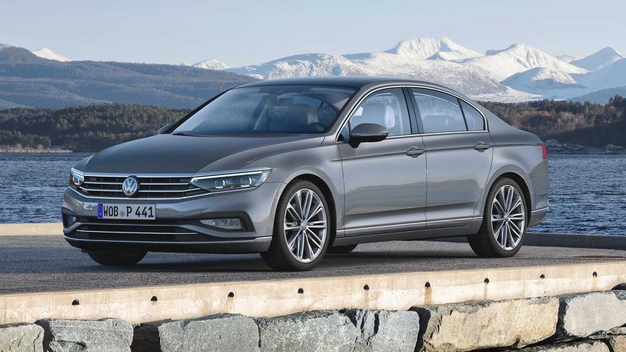 <p>Volkswagen представи обновения Passat</p>