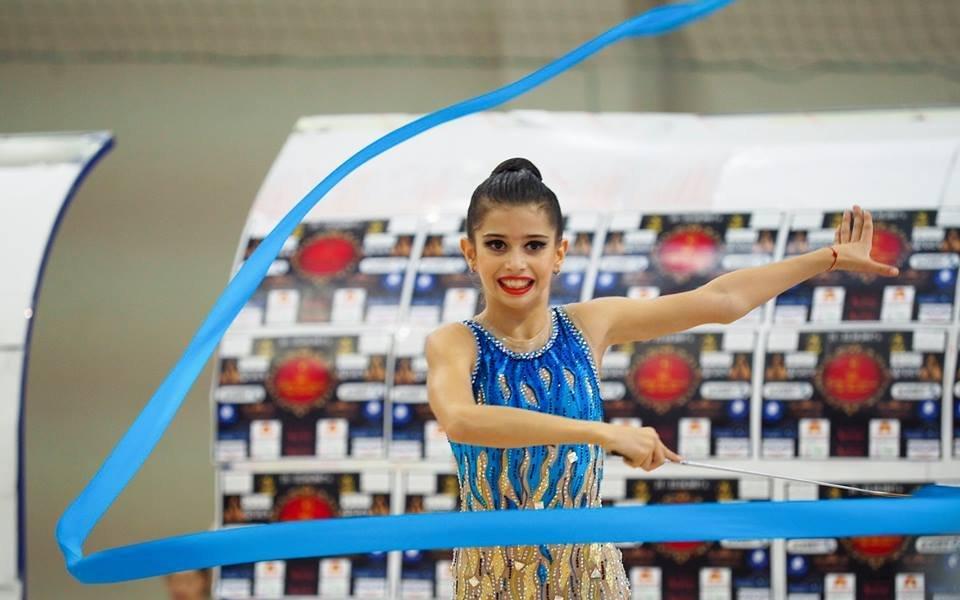 Девойките заминаха за турнира по художествена гимнастика в Москва