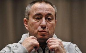 Мъри Стоилов поглежда към Гърция