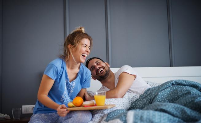 3 делнични рецепти за романтична закуска в леглото