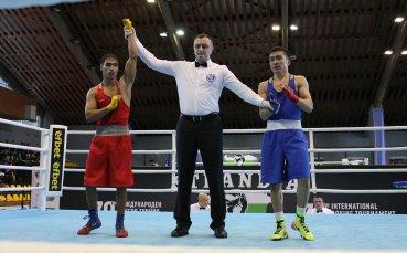 Боян Асенов се класира на 1/4-финалите на