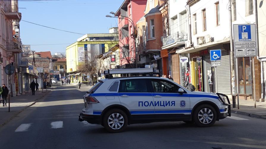 Кюстендил под блокада след сбиване с жертва...