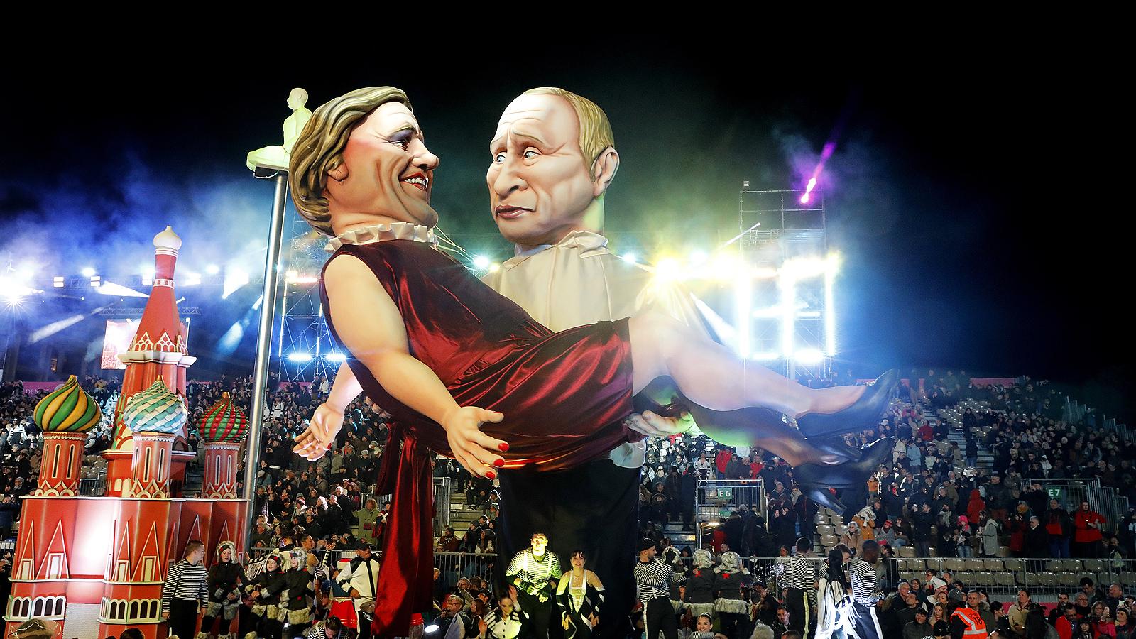 Огромни фигури с ликовете на американския президент Доналд Тръмп и руския му колега Владимир Путин, Чарли Чаплин зарадваха хилядите празнуващи, дошли на традиционния карнавал в Ница.