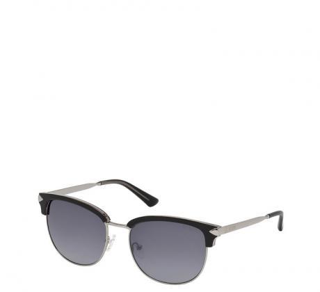 Промоция на Слънчеви очила Guess