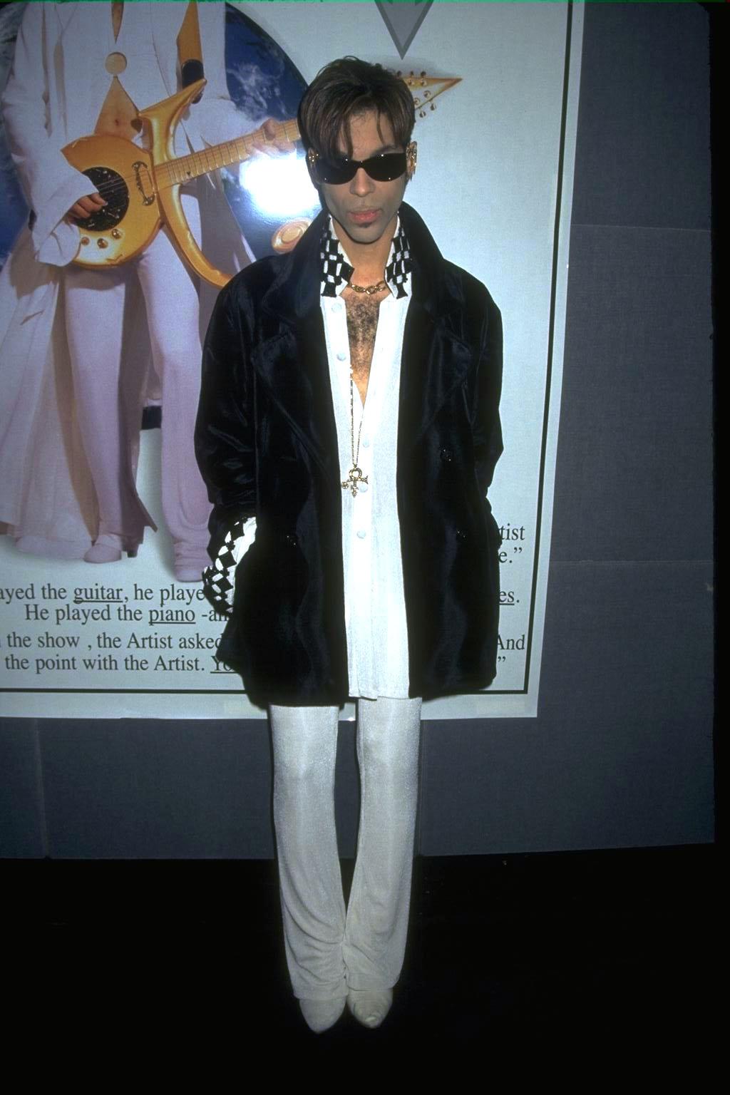"""Prince печели """"Оскар"""" заPurple Rain."""