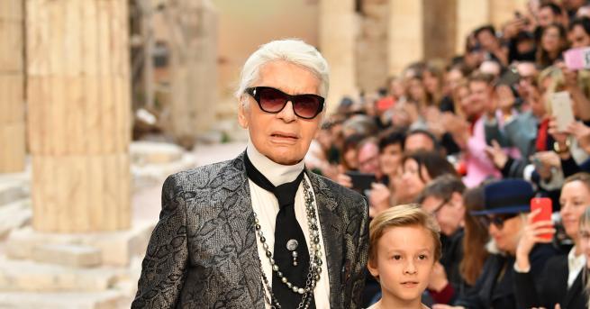 Снимка: Модната икона Карл Лагерфелд почина на 85-годишна възраст