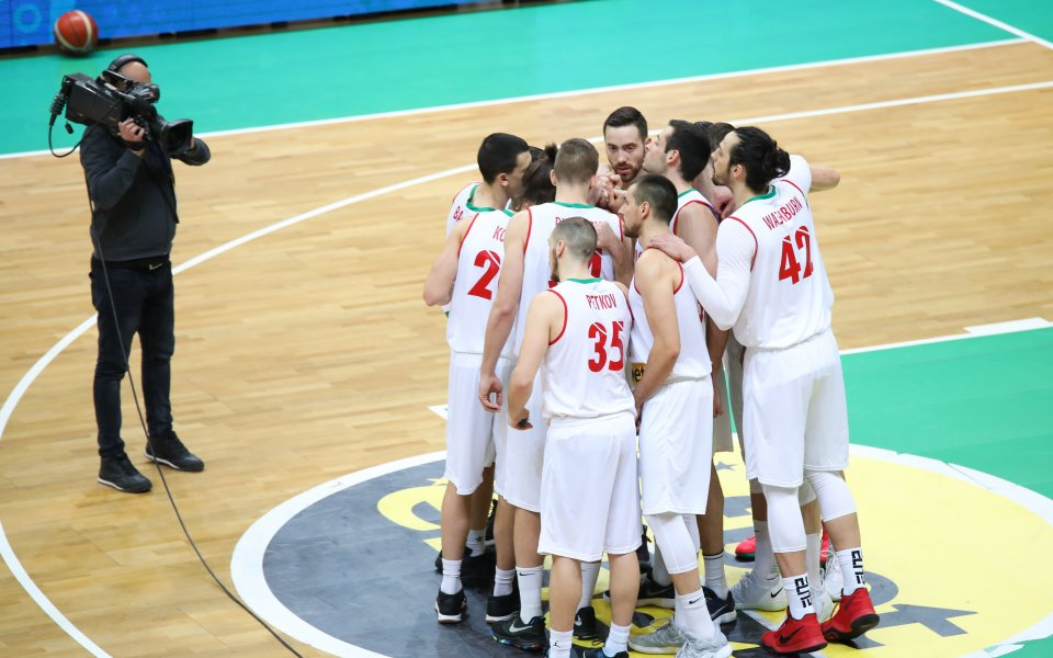 Националите заминават с 14 баскетболисти за Сараево, Дий Бост ще се присъедини на място