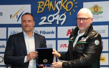 2000 души работят по Световната купа в Банско