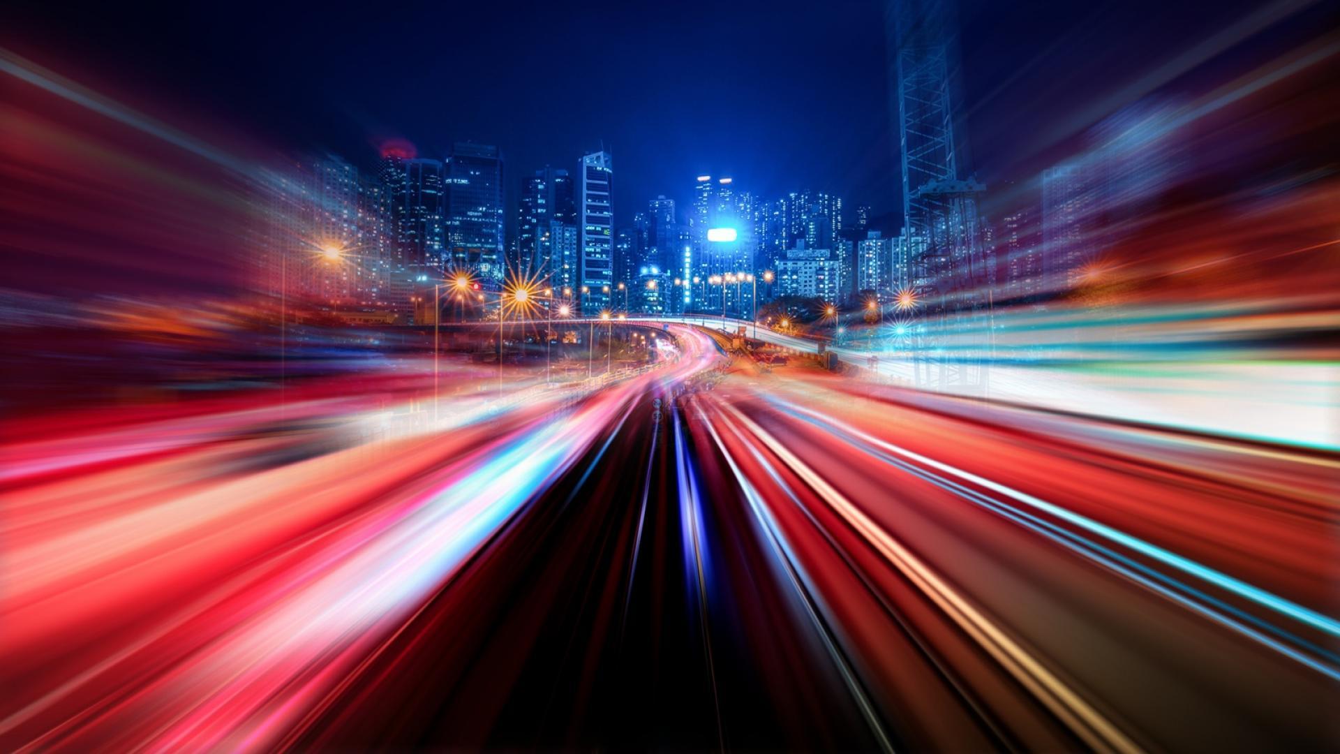 Какво ще се случи, ако се движим по-бързо от светлината