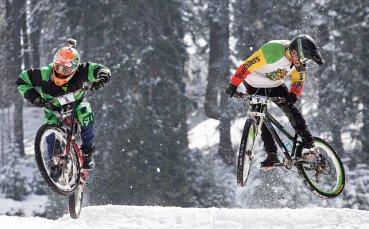 Адреналин и зрелищни вело спускания в Пампорово
