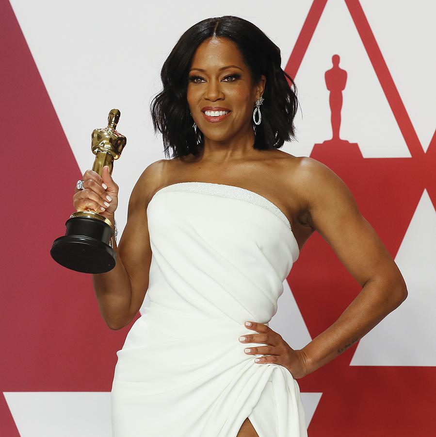 """Реджина Кинг спечели """"Оскар"""" за най-добра поддържаща роля за героинята си в """"Ако Бийл Стрийт можеше да говори"""". Тя бе номинирана за тази награда заедно с Ейми Адамс (Вице), Марина де Тевира в (Рома), Ема Стоун (Фаворитката) и Рейчъл Уайз (Фаворитката)."""
