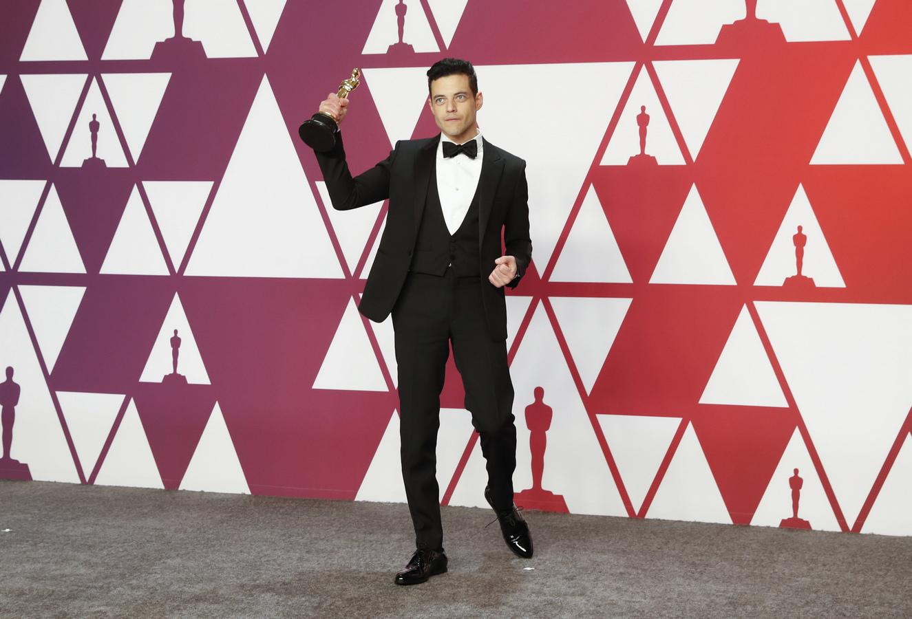 """Напълно очаквано Рами Малек взе Оскар за най-добър актьор в главна мъжка роля, за ролята си на Фреди Меркюри в """"Бохемска Рапсодия"""""""