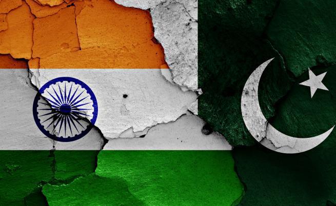 Пакистан вдигна изтребители след провокация от Индия