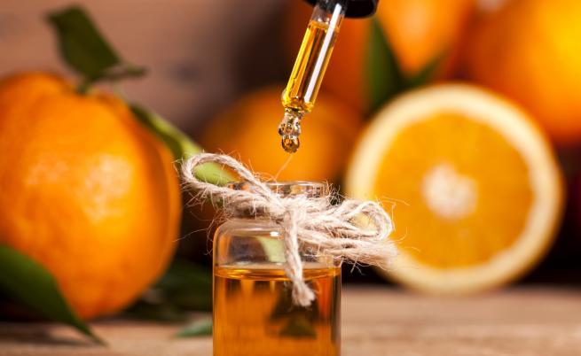 Защо е важно да приемаме редовно витамин С