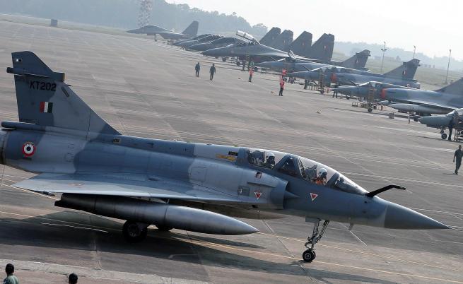 Война, Пакистан: Свалихме 2 индийски самолета