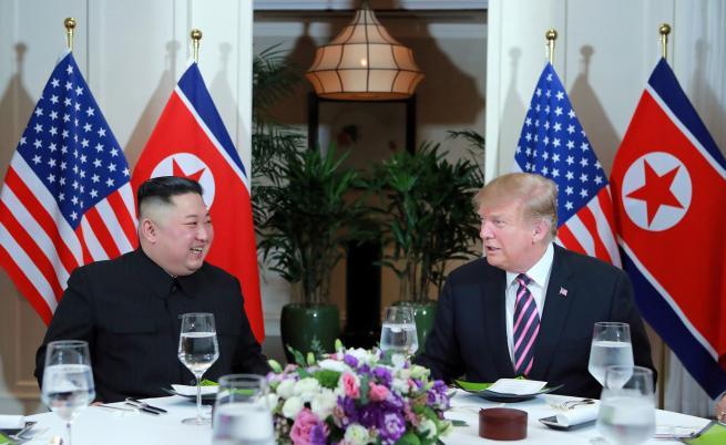 Ким Чен-ун и Тръмп се разделят без споразумение