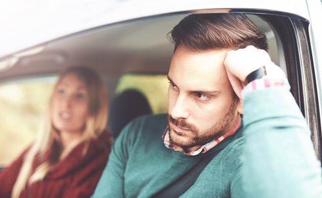 Реплики, с които жените могат да подлудят мъжете в колата