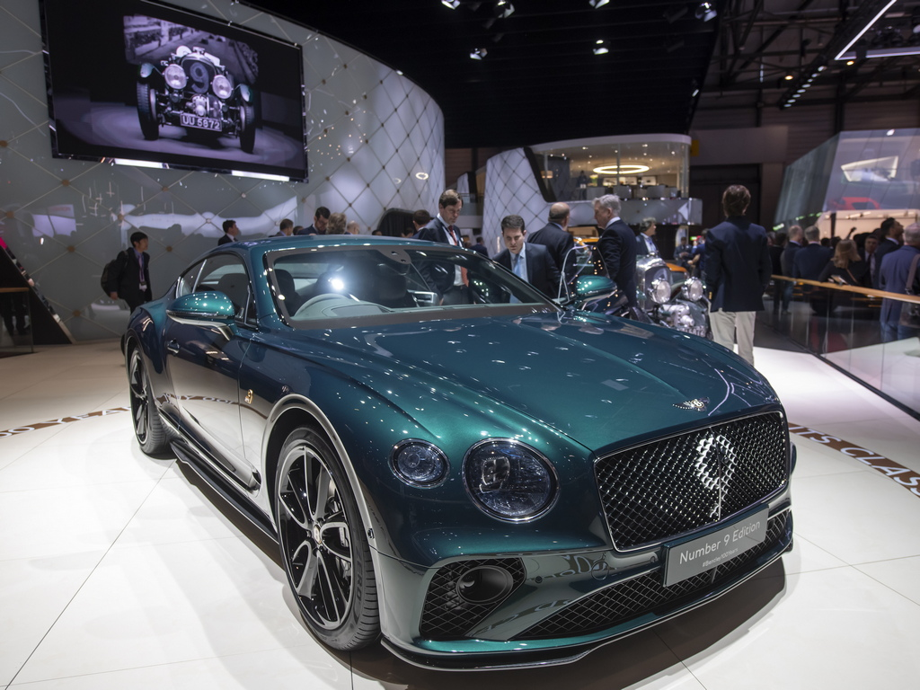 Bentley Motors Continental GT Number 9 Edition by Mulliner