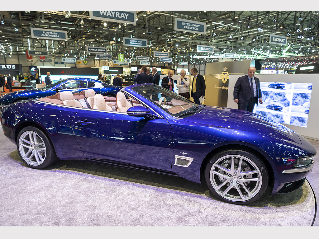 Touring Superleggera Sciadipersia Cabrio