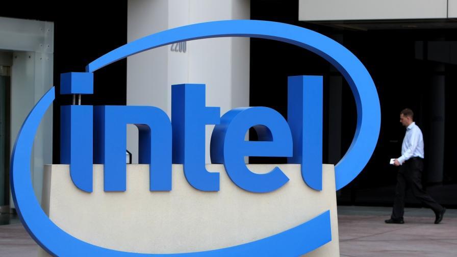 Intel изостава, но обещава да върне Закона на Мур
