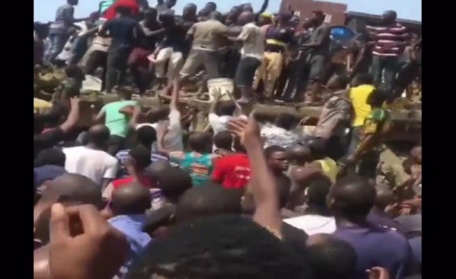 Училище се срути в Нигерия, жертви