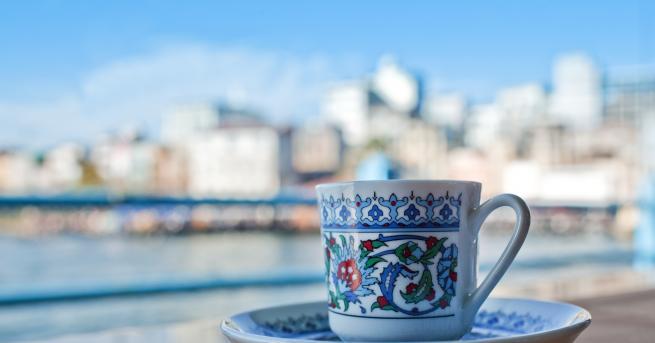 Датиращо още от15 век, турското кафе е нещо повече от