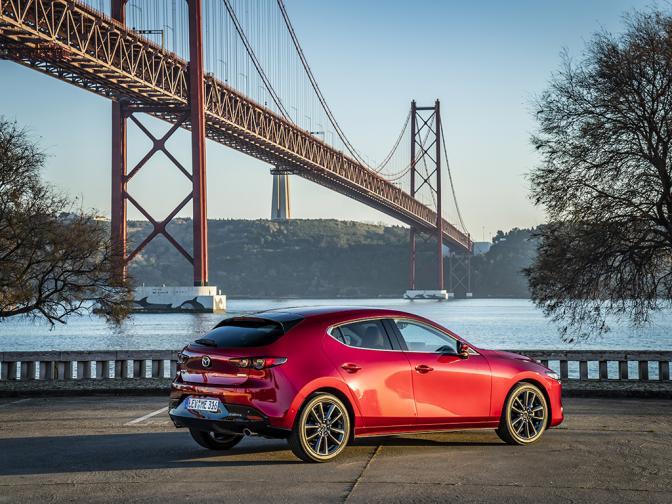 Mazda 3 галерия