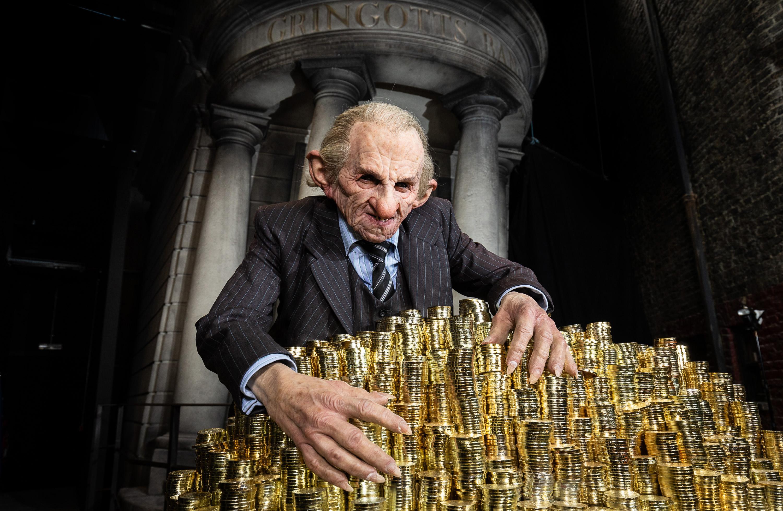 """Феновете ще могат да посетят мраморната зала в студиото на """"Уорнър брадърс"""" в Лондон от началото на април"""