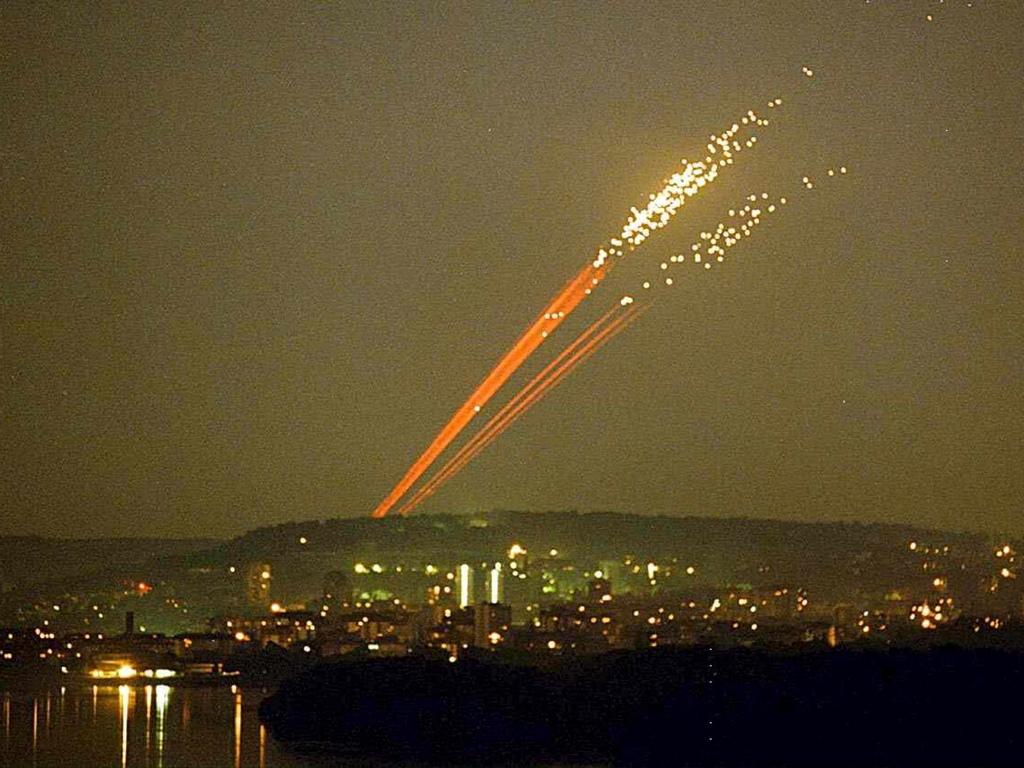 Бомбардировките на Югославия от НАТО e военна операция, извършена от 11 държави-членки на НАТО срещу Съюзна република Югославия по време на Войната в Косово.