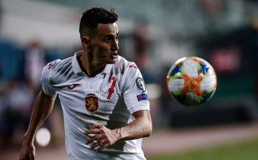 Арсенал излезе на върха, Костадинов игра при победата