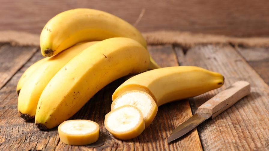 Бананитенапример са иестествен антидепресант– витамините от група В в тях успокояват нервната система, а калият, който съдържат, подпомага работата на мозъка, сърцето, мускулите и костите.