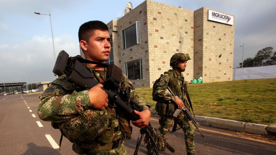 <p>Москва: Нашите войници във Венецуела имат пълно право да са там</p>