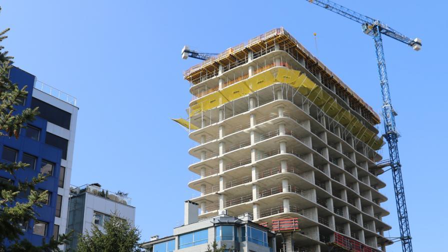 """Окончателно, ВАС: Строителството на """"Златен век"""" продъжава"""