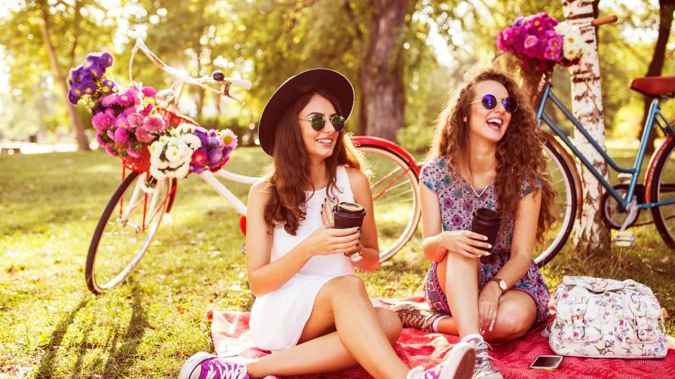Защо е важно да носим слънчеви очила не само като аксесоар